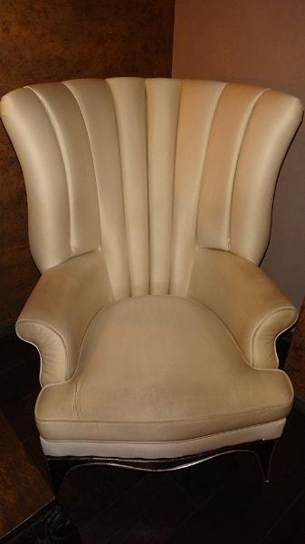Химчистка кресла после